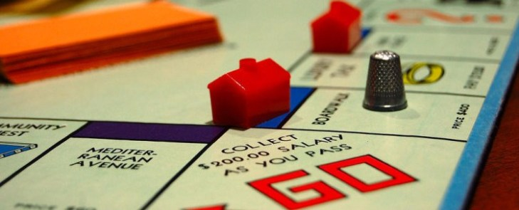 monopoly-houses-e1436189682830